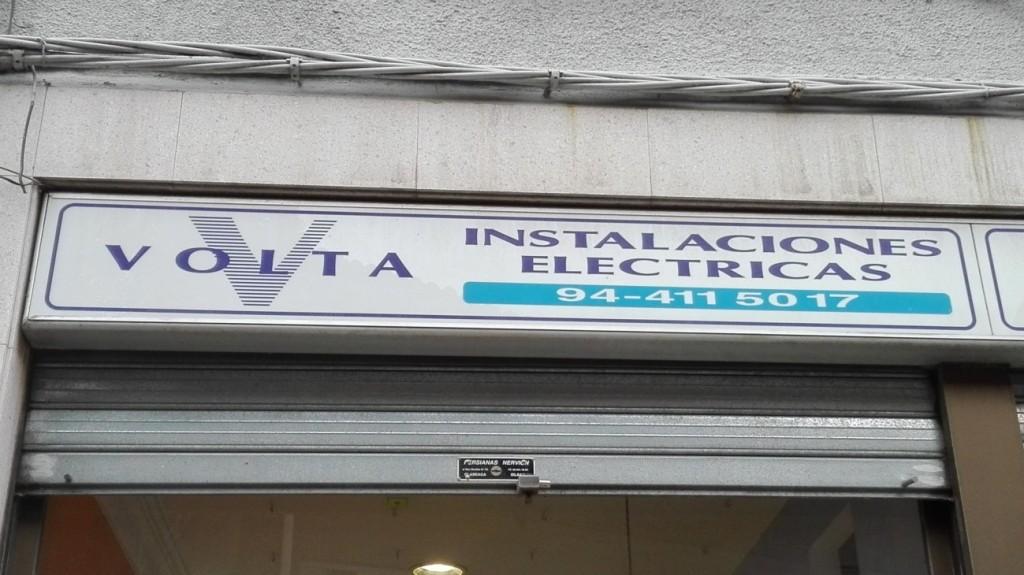 Cartel exterior tienda Volta